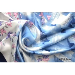 Šilkinė skara mėlyna SK10223