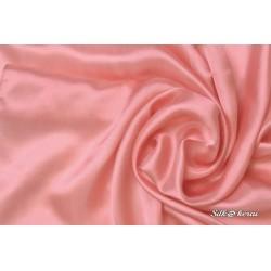 Šilkinė skarelė tamsiai rožinė
