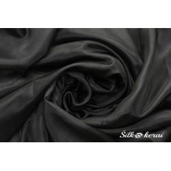 Šilkinis-šalikas-juodas